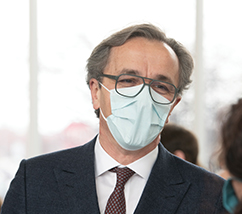 Dr. Mihaljevic wearing a face mask.